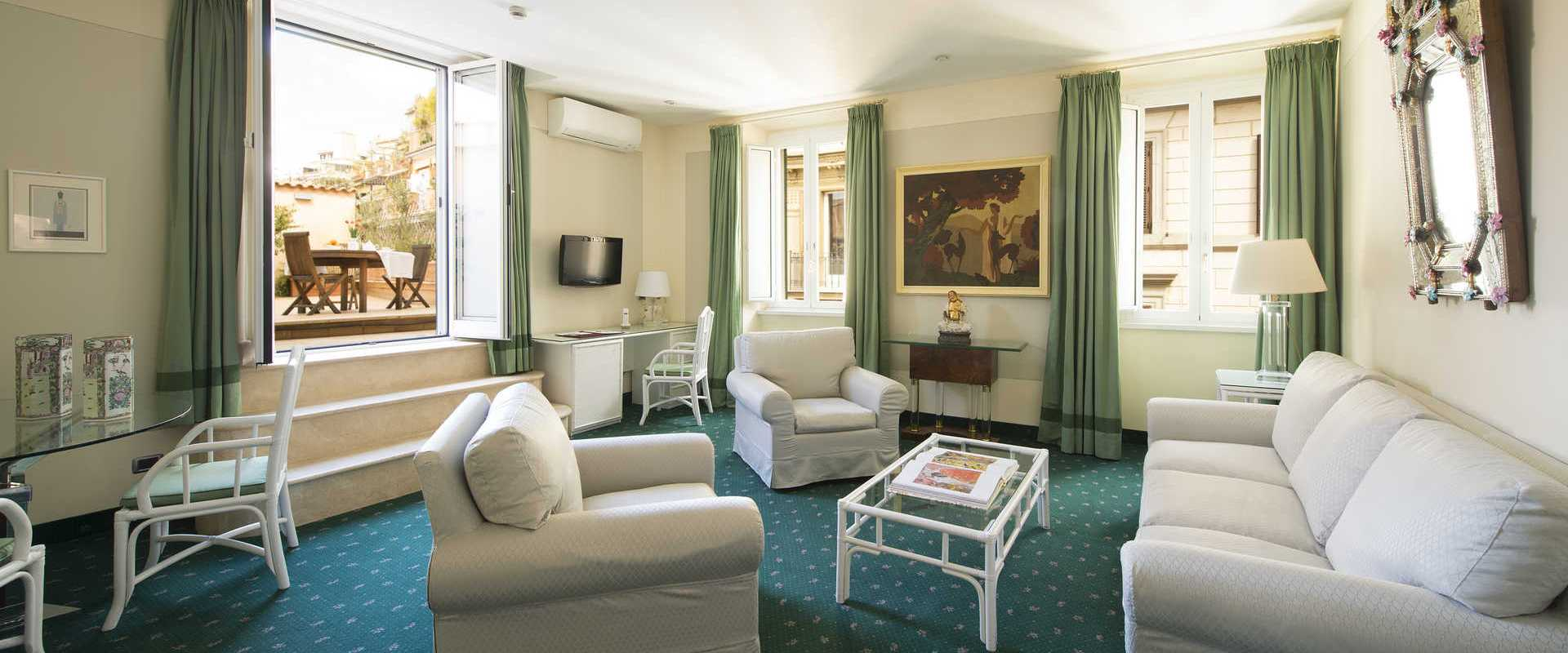 Suite with Terrace 3 Star Hotel Gregoriana in the Centre of Rome