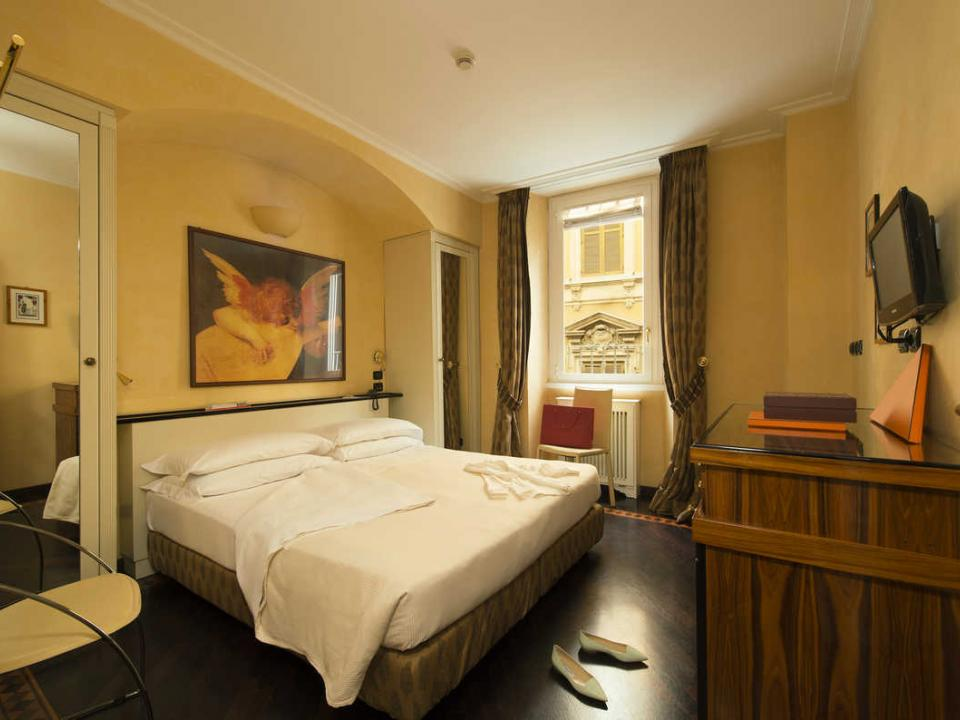 Double Room 3 Star Hotel Gregoriana in the Centre of Rome